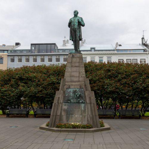 Reykjavík ● Austurvöllur ● Denkmal für Jón Sigurðsson ● ©2020